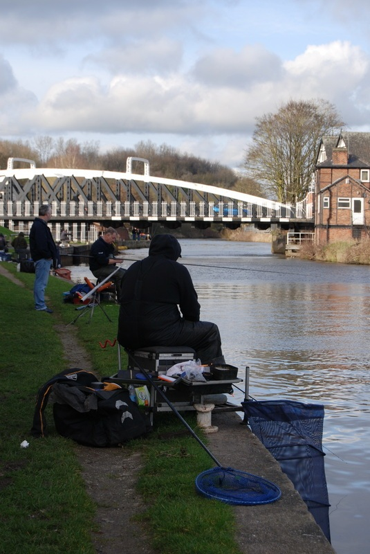 weaver match fishing image